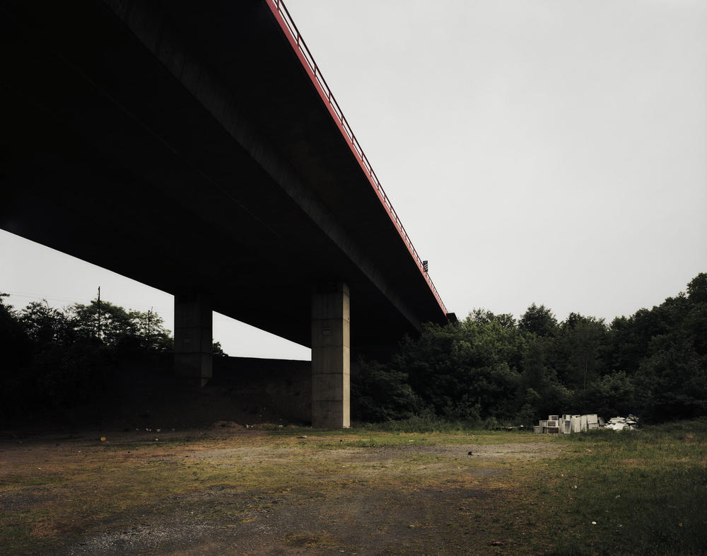 Andreas Gursky - Duisburg, Bridge I