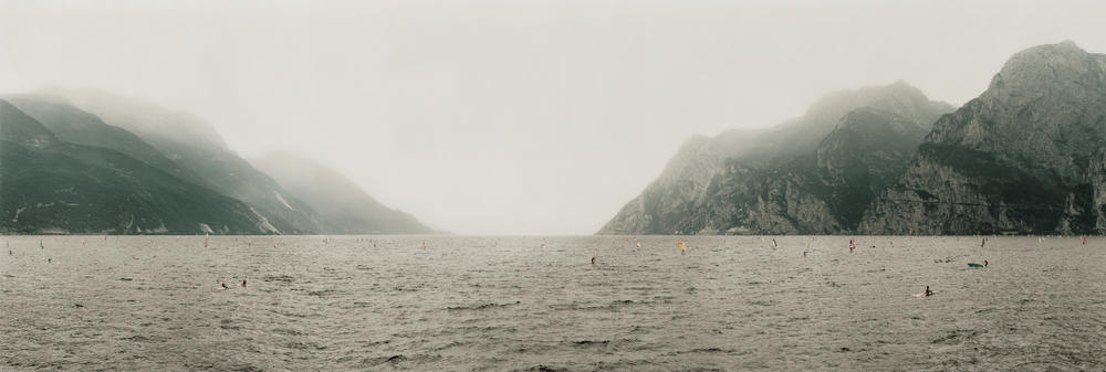 Andreas Gursky - Lake Garda, Panorama
