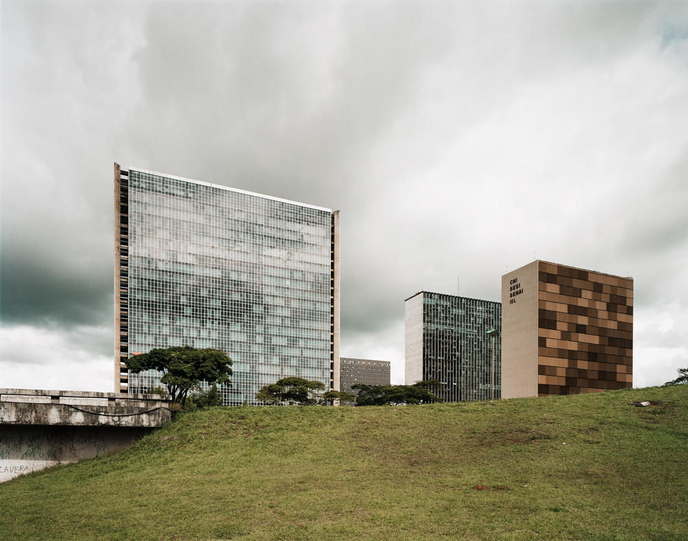 Andreas Gursky - Brasilia, Banking Sector North