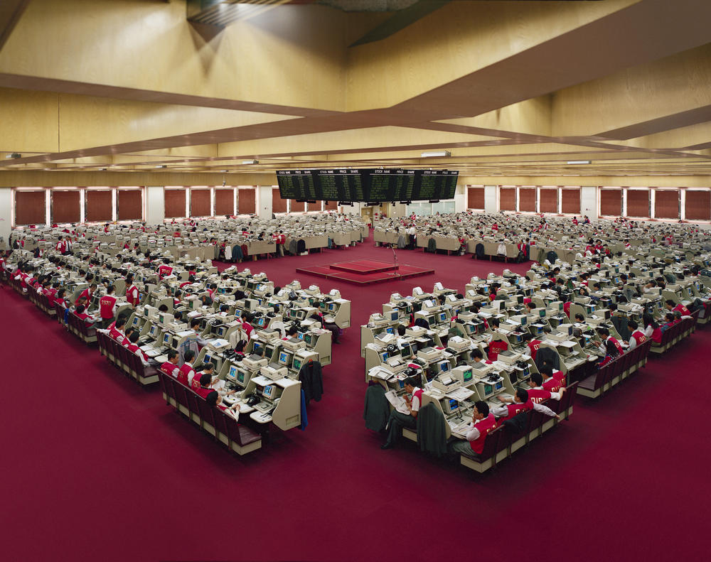 Andreas Gursky - Hong Kong, Stock Exchange II