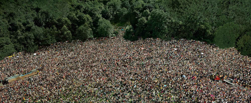 Andreas Gursky - Love Parade